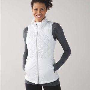 Lululemon down for a run vest white